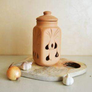 Глиняный горшок для чеснока (1,7л)