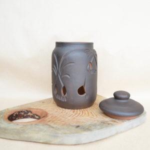 Чернолощеная глиняная банка для чеснока (1,3л)